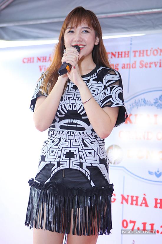 nhung-bo-canh-dua-theo-mot-van-kem-xinh-cua-sao-viet-3