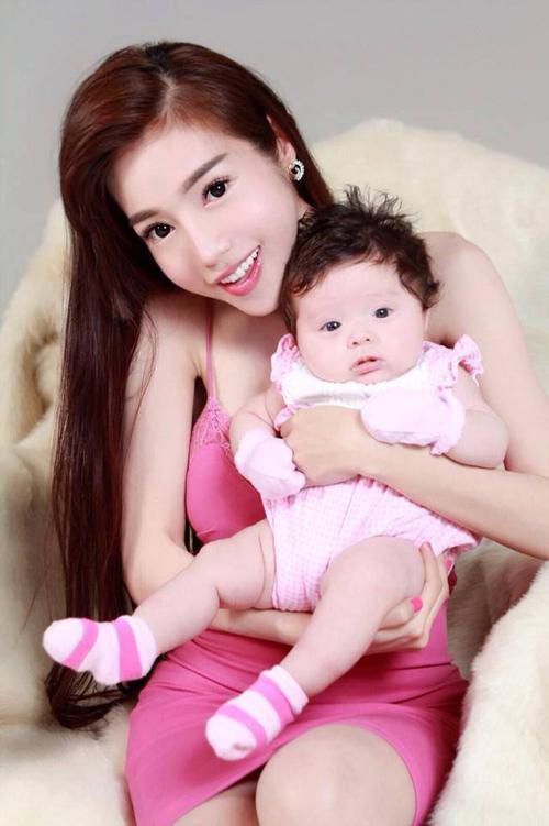 ba-me-hot-girl-2015-12-4503-1450067615.j