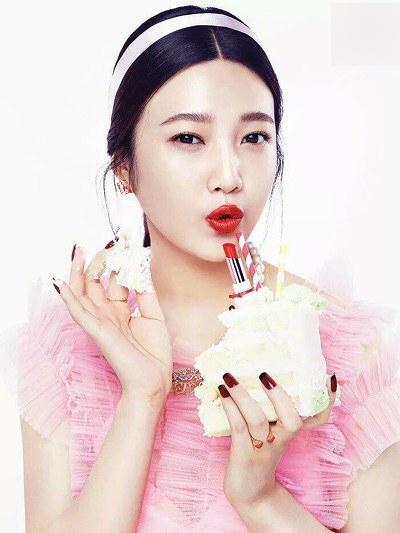 3 sao nữ Hàn xinh đẹp nhưng bị 'dìm hàng' khi lên hình tạp chí