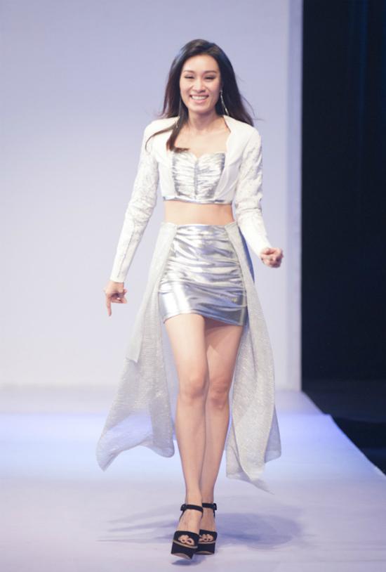NTK-Ngoc-Bich-va-ca-si-Minh-Th-2580-5068