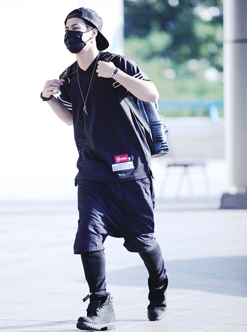 GOT7-JACKSON-AIRPORT-FASHION-p-6237-7451