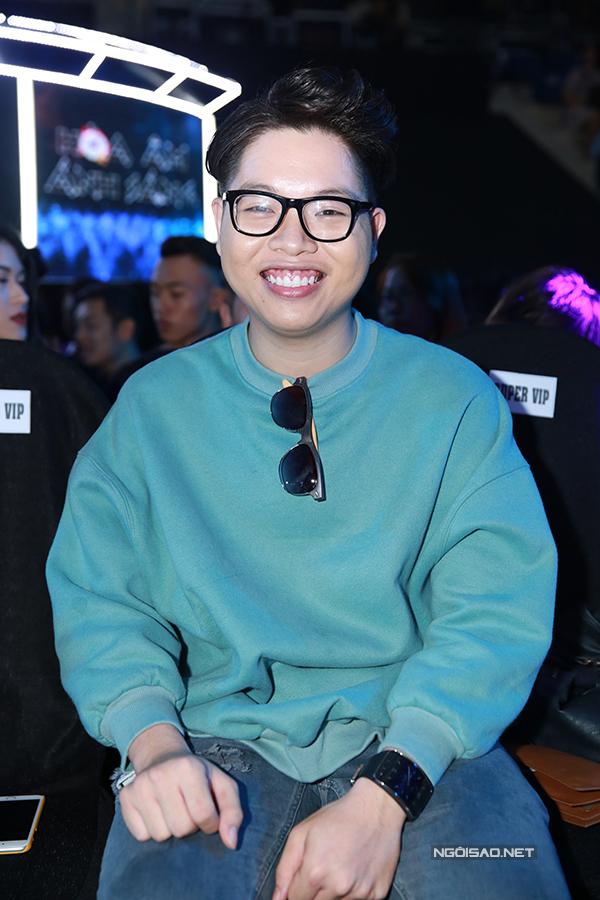 ky-han-mac-hong-quan-lan-dau-cong-khai-song-doi-7