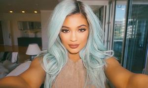 Quá trình một năm đổi tóc chóng mặt của Kylie Jenner