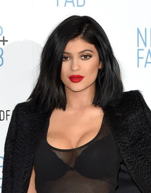 kylie-feb-14-8948-1454647199.jpg