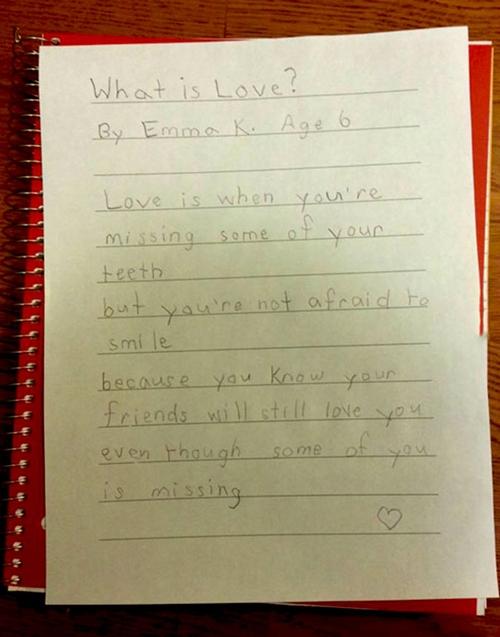 """""""Tình yêu là gì? Tình yêu là khi"""