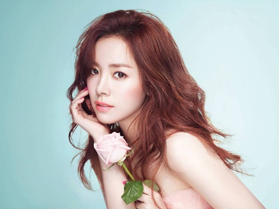 top-20-my-nhan-kbiz-noi-tieng-nhat-do-netizen-nu-binh-chon-8