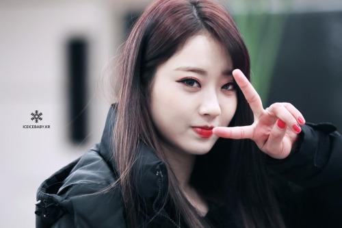 top-20-my-nhan-kbiz-noi-tieng-nhat-do-netizen-nu-binh-chon-2-3