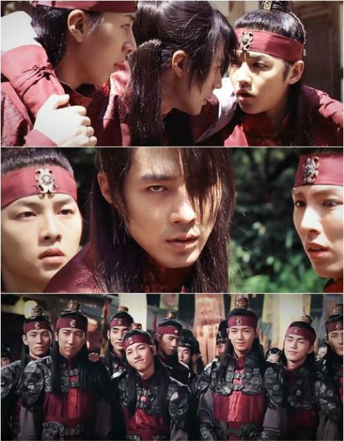 Năm thứ hai đại học, Song Joong Ki quyết định theo đuổi diễn xuất. Vai diễn đầu   tiên của anh là vai thị vệ trong phim điện ảnh A frozen flower (2008), xuất hiện bên   cạnh Jo In Sung.