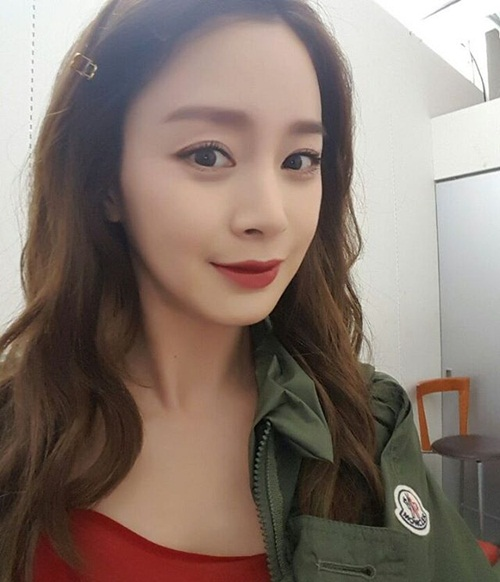 kim-taehee-8692-1457148549.jpg