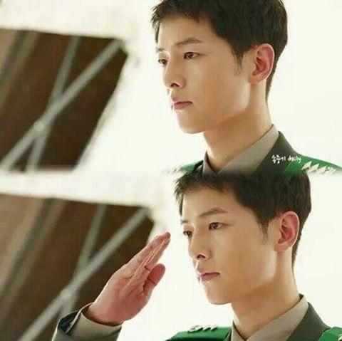 Hậu duệ của Mặt trời: Song Joong Ki gặp tình địch, một nhân vật sẽ chết