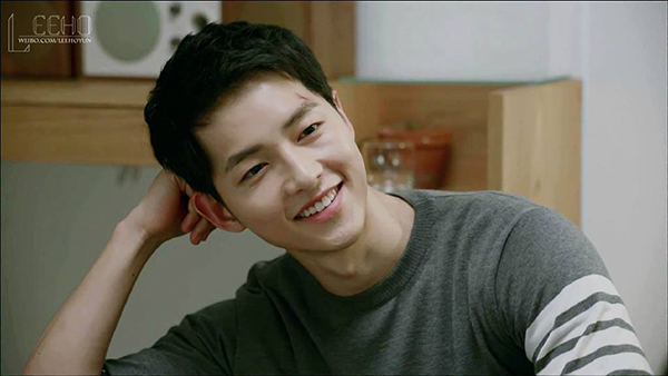 song-joong-ki-hau-due-mat-troi-3743-2327