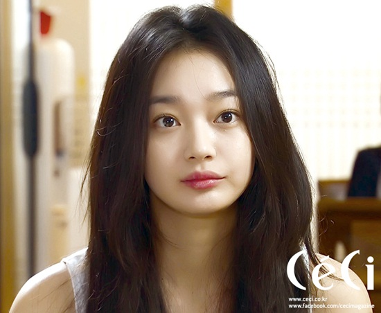 4-my-nhan-tung-lot-mat-xanh-song-joong-ki-3