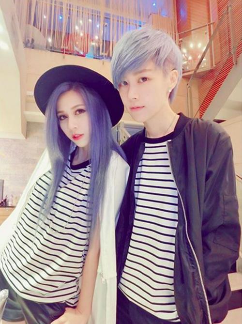 Charlie và Xian Zi nổi tiếng trên các trang mạng, diễn đàn Đài Loan bởi diện mạo   đẹp không kém ngôi sao và phong cách cực chất.