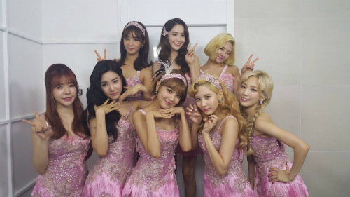 snsd-music-bank-2750-1459064545.jpg
