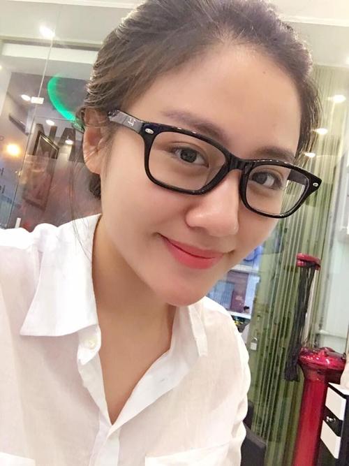 sao-viet-31-3-mai-phuong-thuy-dep-xuat-sac-diem-huong-khoe-con-trai-kute-1