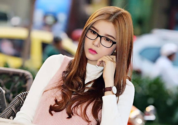 sao-viet-31-3-mai-phuong-thuy-dep-xuat-sac-diem-huong-khoe-con-trai-kute-2