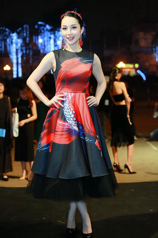 pham-huong-huyen-my-14-9813-1459389552.j