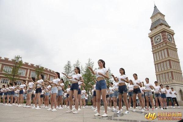 nu-sinh-Trung-Quoc-17-3694-1460361375.jp