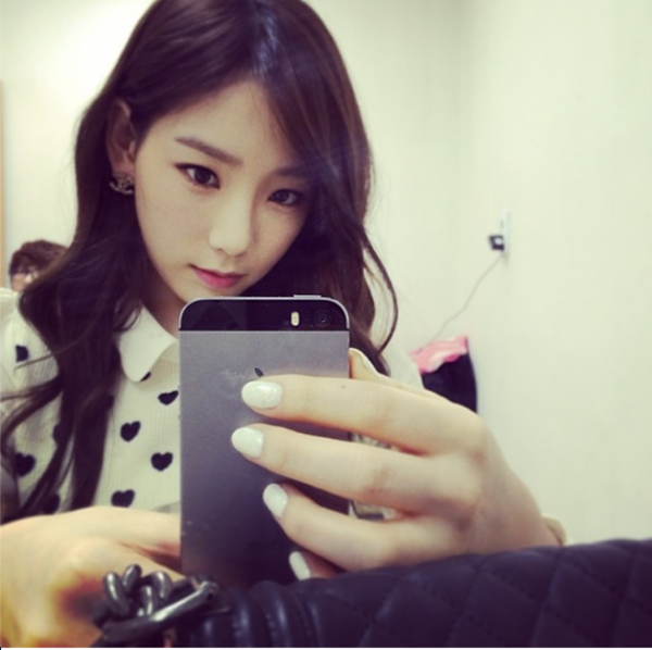 Taeyeon-SNSD-image-taeyeon-sns-9182-4241