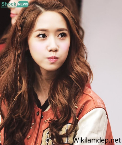 seol-hyun-vuot-yoon-ah-trong-danh-sach-sao-nu-duoc-phai-manh-yeu-thich-1