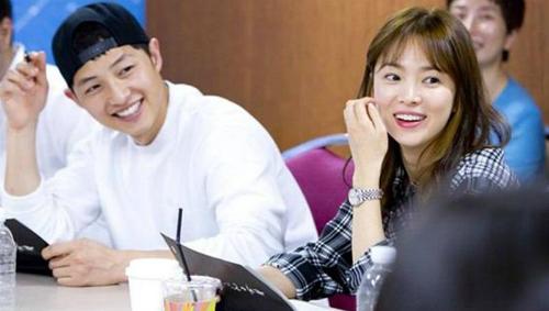 song-joong-ki-song-hye-kyo-143-6322-5933