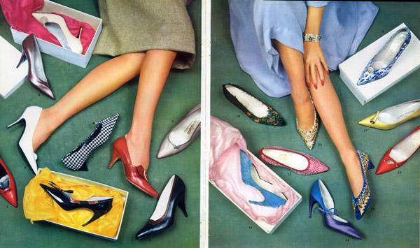4. Bạn có thể không dành nhiều sự quan tâm tới việc lựa chọn những đôi giày. Nhiều phụ nữ cũng có thể giống như bạn, cho rằng giày dép không quan trọng, nhưng thực tế đã chứng minh sự thanh lịch của phụ nữ phụ thuộc vào những gì ngự trên đôi bàn chân họ - Christian Dior.