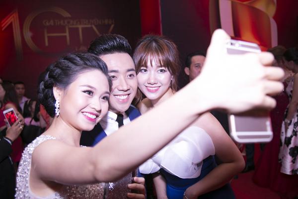 tran-thanh-htv-awards-8-JPG-7967-1461436