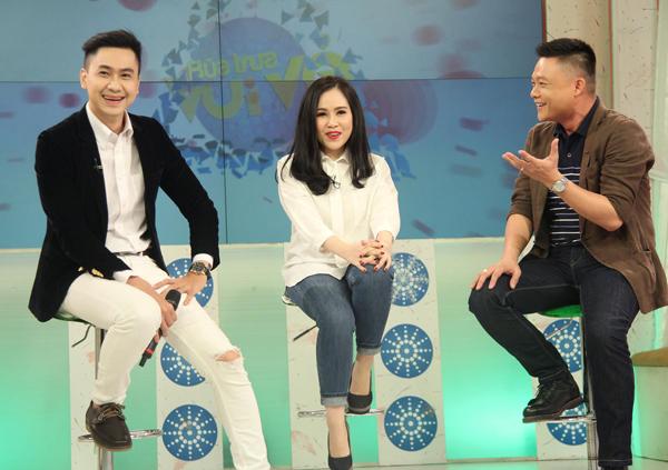 Trong chương trình Bữa Trưa Vui Vẻ phát sóng trực tiếp ngày 24/4 hôm qua Ca sĩ Tùng Lâm cùng Diễn viên Trương Phương xuất hiện với tư cách khách mời .