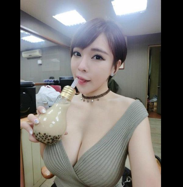 4-hot-girl-ban-hang-goi-cam-ngop-tho-6