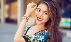 Beauty blogger Việt chân dài như người mẫu, mặc gì cũng đẹp