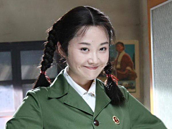 10-my-nhan-co-man-cai-lao-hoan-dong-gay-choang-tren-man-anh-hoa-ngu-3