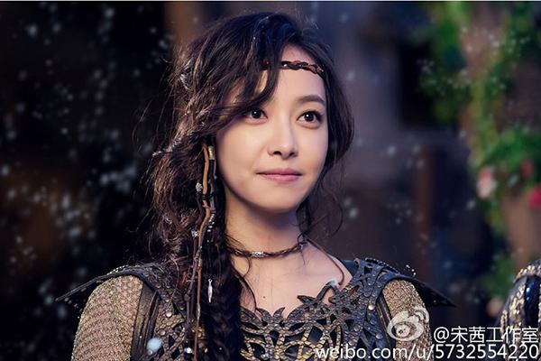 kim-hee-sun-gay-kinh-ngac-voi-nhan-sac-u40-tre-nhu-20-5