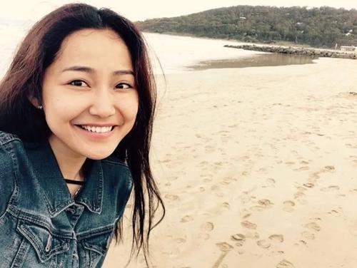 Vẻ trưởng thành của Anh Đào thời điểm hiện tại. Cô nàng vẫn giữ vai trò làm diễn viên. Ngoài ra, Anh Đào còn đang là cố vấn chuyên ngành Marketing của trường đào tạo nhân cách nổi tiếng tại Sài Gòn.
