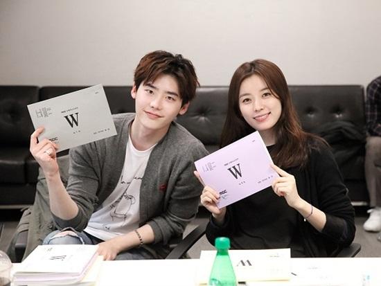 suzy-park-shin-hye-dan-dau-ve-nhan-sac-tren-man-anh-thang-6-7-page-2-2