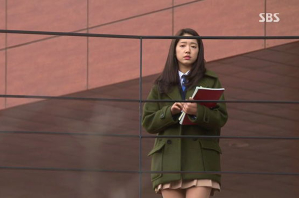style-bien-hoa-cua-park-shin-hye-trong-6-bo-phim-de-doi-page-2-3