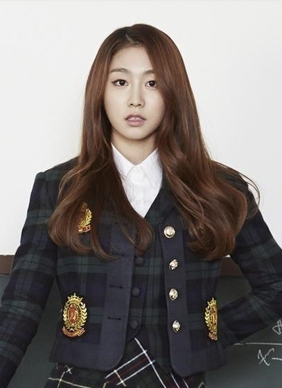 8-scandal-be-boi-tinh-duc-chan-dong-kpop-10-nam-qua-4