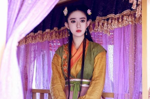 a-hoan-cua-yoon-ah-bi-che-vi-qua-long-lay-trong-anh-hung-xa-dieu-2016-2
