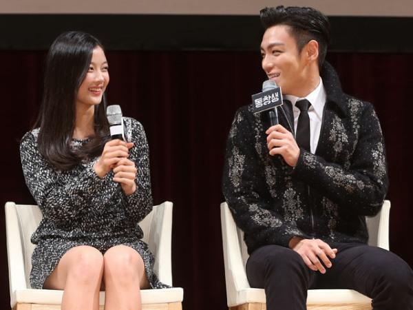 Sự nam tính và khuôn mặt đẹp như tạc tượng của T.O.P không chỉ được công nhận bởi các fan mà ngay cả những người nổi tiếng cũng bị hút hồn. Những sao nữ nổi tiếng như A Pink, Lee Hi, Kim Yoo Jung và cả các chàng trai như Teen Top cũng bị anh chàng chinh phục.