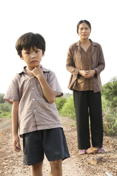 phim-ve-cau-be-khong-the-di-qua-10-buoc-chan-gay-nghen-ngao