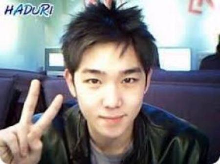 idol-kpop-xau-dep-duoc-chung-minh-qua-anh-webcam-truoc-debut-6