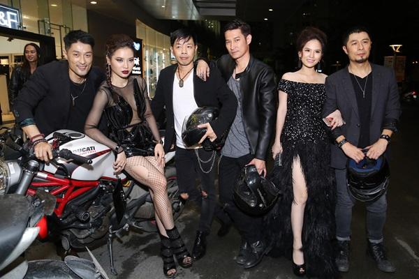 ngoc-trinh-phuong-trinh-jolie-khong-ai-thua-ai-voi-style-khoe-da-thit-9