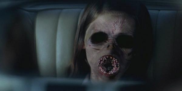 Bộ phim kể về câu chuyện của hai anh em nhà Winchester rong rủi trên khắp nước Mỹ để tiêu diệt quỷ và những hình thái siêu nhiên khác.