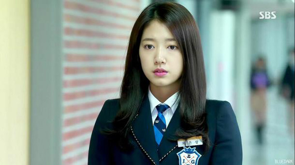 cach-trang-diem-gay-sot-cua-park-shin-hye-trong-3-phim-dinh-dam-3