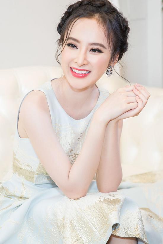 angela-phuong-trinh-chay-show-3-thanh-pho-1-ngay-2