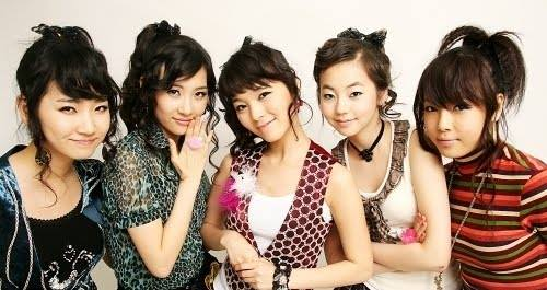 sau-gan-1-thap-ky-wonder-girl-van-tre-va-dep-hon-gap-boi-1