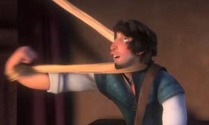 Những hình ảnh 'kinh dị' khi vô tình bấm dừng phim Disney