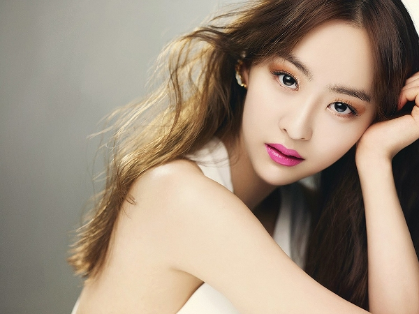 Da Som là idol nữ đình đám Kpop nhưng so với các cô chị cùng nhóm, độ nổi tiếng của em út không sánh bằng. Da Som được công ty quản lý định hướng ở mảng diễn xuất thay vì âm nhạc như Hyo Rin hay Soyu.