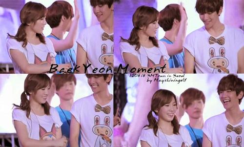 Dù chuyện tình Tae Yeon - Baek Hyun bị phản đối nhưng nhiều người phải công nhận họ trông rất đẹp đôi bên nhau dù có khoảng cách tuổi tác.