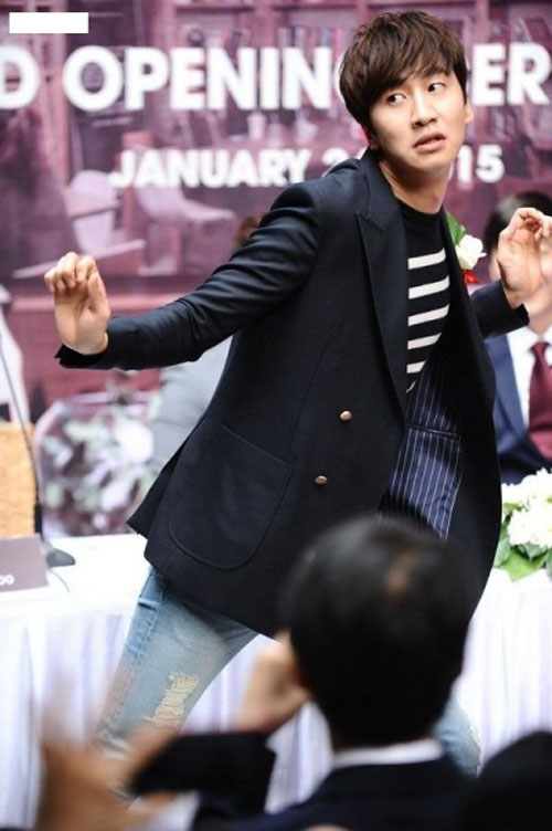 lee-kwang-soo-soai-ca-suot-ngay-bi-che-xau-2
