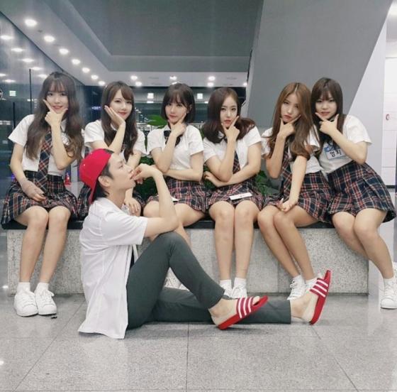 4-girl-group-tan-binh-danh-dau-thang-do-2